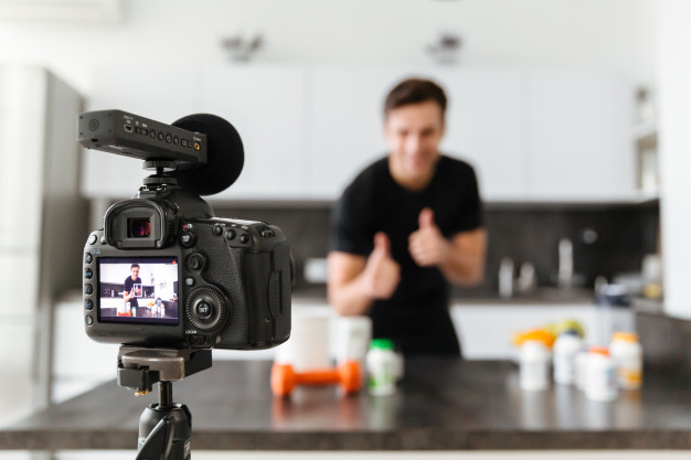 What is the best Video Camera for YouTube Videos making