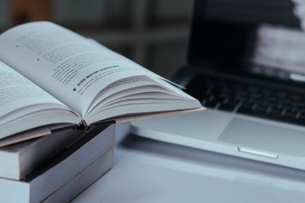 how-to-become-a-techie-read-books-WikiTechGo